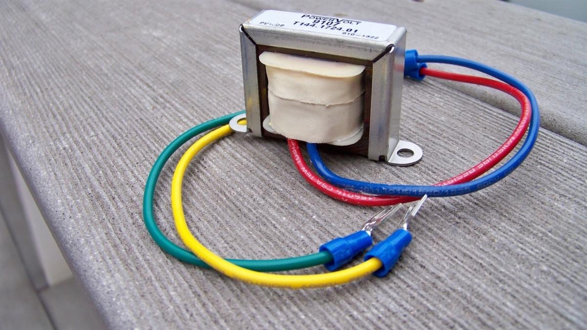 Detroit Diecast OEM 70 Volt Drive-In Speaker Junction Box ...