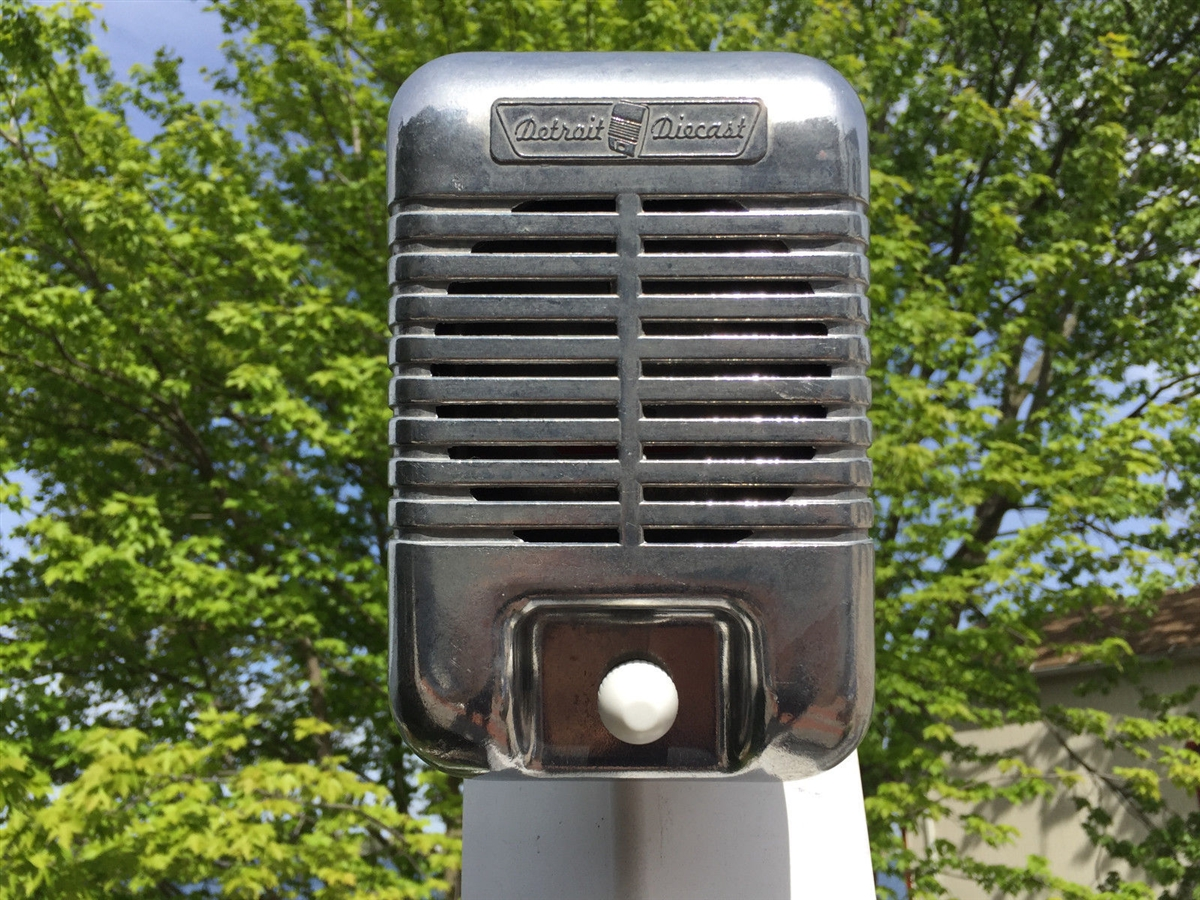 New Single Mark II Drive-In Movie Car Show Prop Speaker Casting With White  Knob